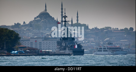 The french frigate 'Jean Bart (D615)' in Istanbul, Turkey. - Stock Photo