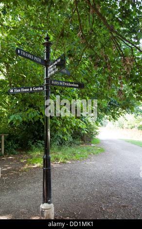 Thames Path sign along River at Richmond - TW9 London UK - Stock Photo