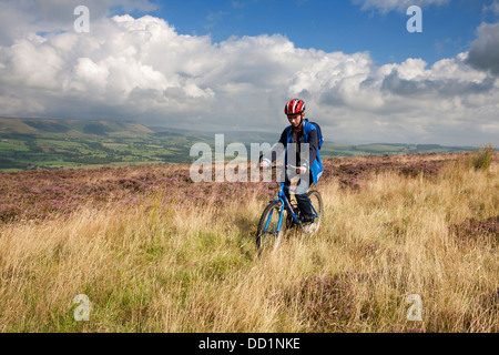 (MR) boys mountain biking bike cycling country countryside, Trough of bowland, fun biking cyclist off road boy male - Stock Photo