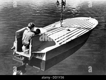 A sprengboot (a Navy motorboat filled with explosives acting lika a guided bomb) is launched in October 1944. Place - Stock Photo