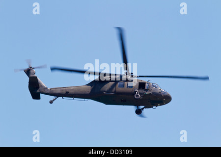 A U.S. army Sikorsky UH-60 Blackhawk helicopter - Stock Photo