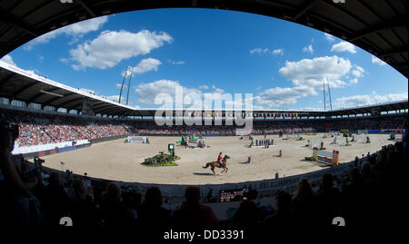 Herning, Denmark. 24th Aug, 2013. View of the arena during the second round of the single final event at the FEI - Stock Photo