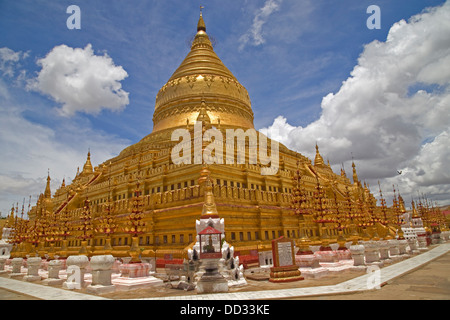 The Shwezigon Pagoda or Shwezigon Paya is a Buddhist temple located in Nyaung-U, a town near Bagan, in Burma, built - Stock Photo