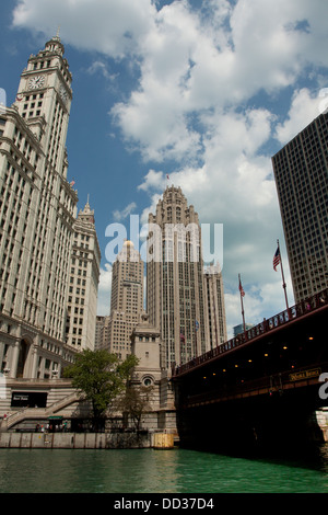 The Wrigley Building on the Magnificent Mile at Chicago River (left), Tribune Tower (right) and DuSable Bridge - Stock Photo