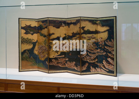 'Battle of Yashima' Six panel folding screen - Japan, Edo period, 17th century - Stock Photo