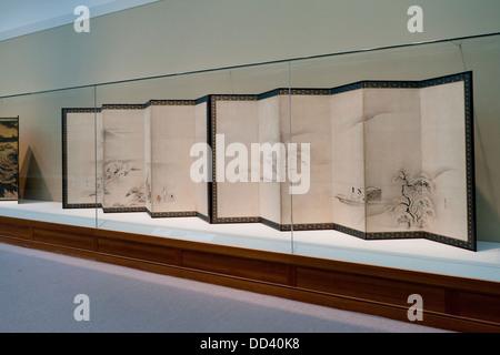 'Scenes from the Tale of Genji' Japanese folding screens, Edo period, 17th century - Stock Photo