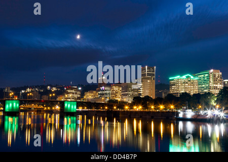 Portland, Oregon, USA Waterfront Skyline - Stock Photo