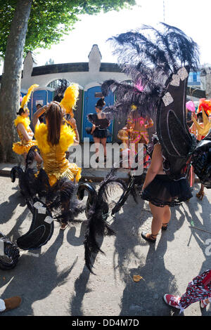 London, UK. 26th Aug, 2013. Notting Hill Carnival 2013, the traditional Adults Day Carnival Parade on Bank Holiday - Stock Photo