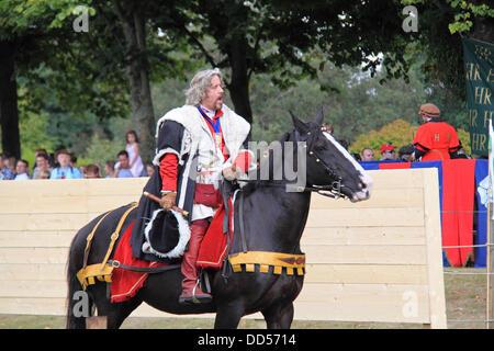 London, UK. 26th Aug, 2013. Tudor Joust, Hampton Court Palace, East Molesey, Surrey, England, UK. Third day of Tudor - Stock Photo