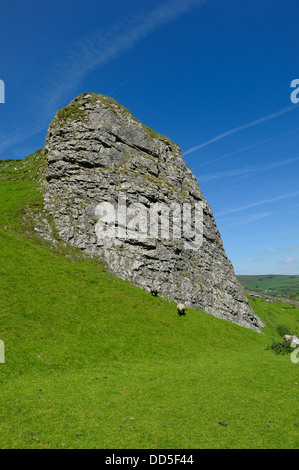 Winnats pass peak district national park Derbyshire England uk - Stock Photo