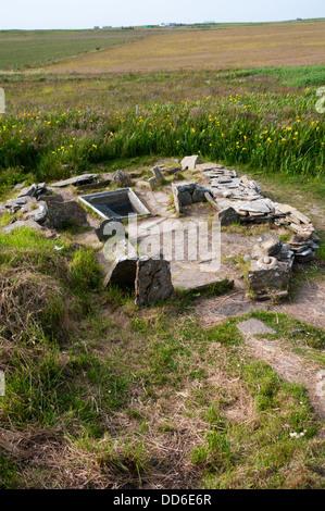 The Bronze Age Liddle or Liddel Burnt Mound on South Ronaldsay, Orkney. - Stock Photo