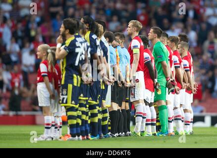 London, UK. 27th Aug, 2013. The teams line up before the Champions League 2nd leg Qualifier between Arsenal and - Stock Photo