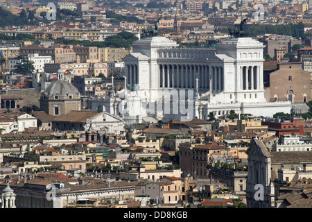 Vittoriano monument dedicated to Vittorio Emanual II King in the center of Rome - Stock Photo