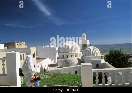 Sidi Bou Makhlouf mosque, Al-kaf village. Jebel Dyr area. Tunisia - Stock Photo
