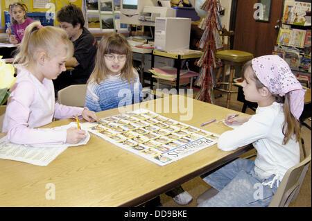 3rd grade students work at memorizing USA presidents. - Stock Photo