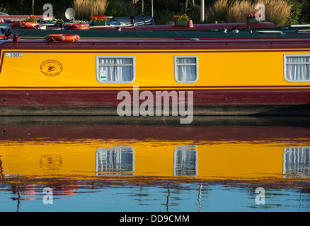 Canal boat  reflections on the river avon in Stratford Upon Avon, Warwickshire, England - Stock Photo