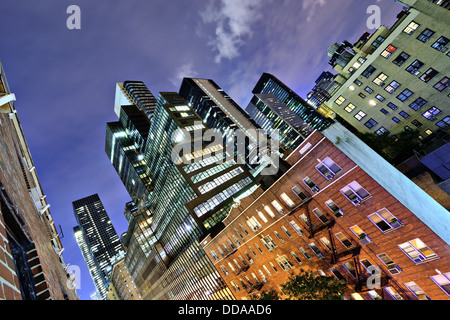 Office buildings in midtown Manhattan. - Stock Photo