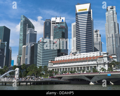 dh Sinagpore River DOWNTOWN CORE SINGAPORE Fullerton Hotel modern skyscrapers city skyline - Stock Photo