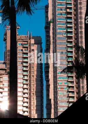 High rise apartment building under construction on Park Road in Singapore - Stock Photo