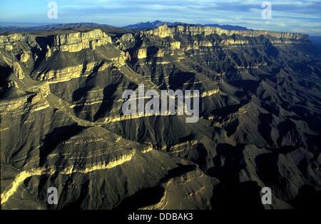 Boquillas del Carmen canyon, Rio Bravo del Norte (Rio Grande), boundary between Mexico and USA - Stock Photo