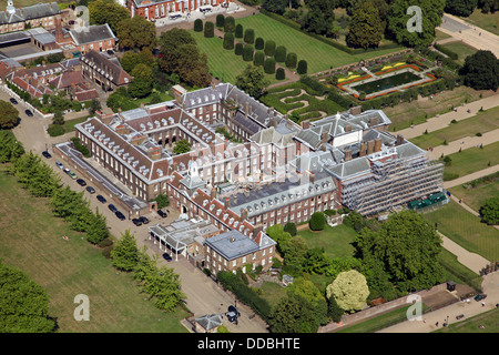 aerial view of Kensington Palace in London, home of Prince William and Kate Middleton the Duchess of Cambridge - Stock Photo