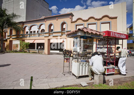 Newspaper stand, Plaza Morazan, Tegucigalpa, Honduras - Stock Photo