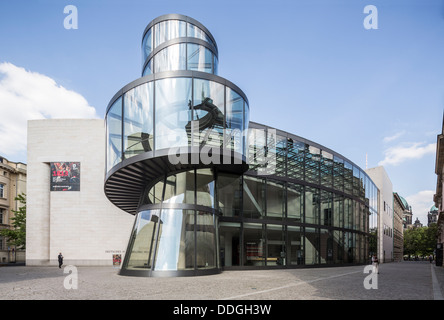 Extension by Ieoh Ming Pei  to the German Historical Museum (Deutsches Historisches Museum), Berlin, Germany - Stock Photo