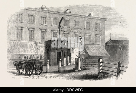 TURNPIKE GATES IN AND NEAR LONDON JUST DEMOLISHED: CITY ROAD GATE, UK, 1864 - Stock Photo