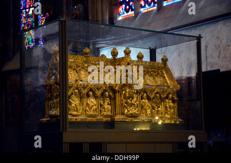 The Shrine of the Virgin Mary at Aachen Cathedral, also called the Imperial Cathedral, in Aachen, North Rhine-Westphalia. - Stock Photo