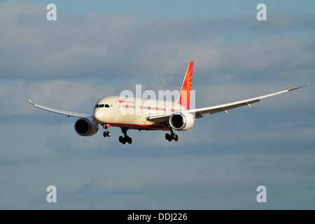 Air India Boeing 787 Dreamliner on approach to land at Birmingham International Airport - Stock Photo