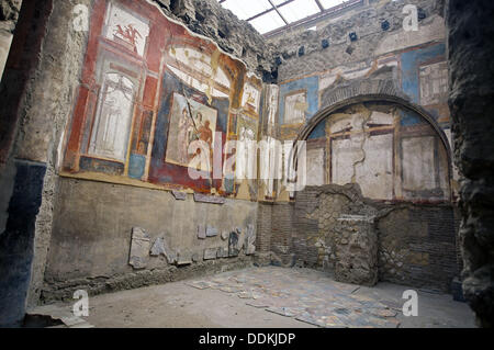 Fresco in the College of the Augustans´ depicting the myth of Hercules, ruins of the old Roman city of Herculaneum. - Stock Photo