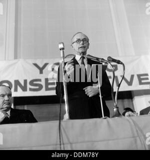 Conservative Prime Minister, Sir Alec Douglas-Hume, 1964. Artist: Henry Grant - Stock Photo