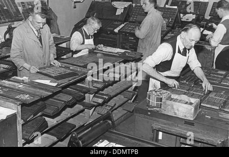 Printing room at the Jewish Chronicle, London, c1951. Artist: EH Emanuel - Stock Photo