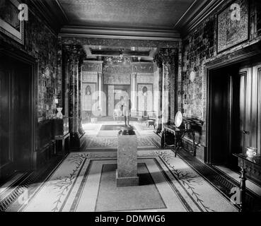 The interior of a house in Holland Park Road, London, 1895. Artist: Bedford Lemere and Company - Stock Photo