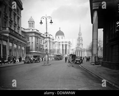 Looking east towards the Church of St Martin-in-the-Fields, Westminster, London, 1921. - Stock Photo