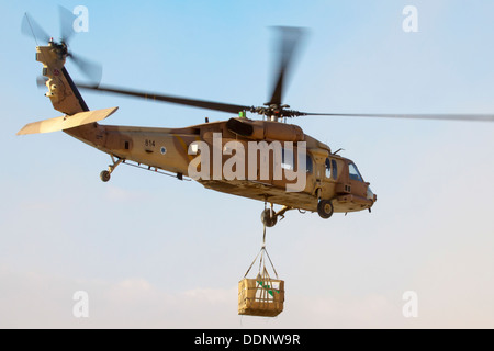 Israeli Air Force (IAF) helicopter, Sikorsky UH-60 Blackhawk (Yanshuf) in flight - Stock Photo