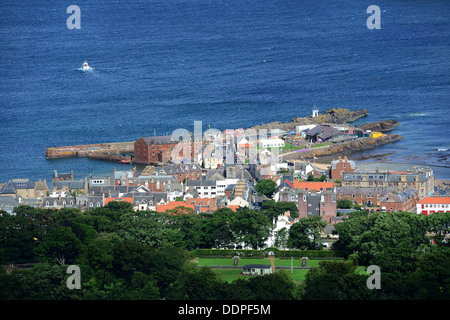 View of North Berwick, East Lothian, Scotland from North Berwick Law (hill). - Stock Photo