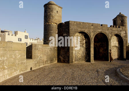 Skala of the Kasbah. This mighty crenellated bastion, 300 metres in length, was built upon the cliffs to protect - Stock Photo