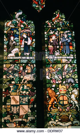 Memorial window with coats of arms, St Andrew's Church, Aldborough, North Yorkshire.  Artist: Dorothy Burrows - Stock Photo