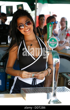 Monza, Italy. 06th Sep, 2013. Motorsports: FIA Formula One World Championship 2013, Grand Prix of Italy,   girl - Stock Photo