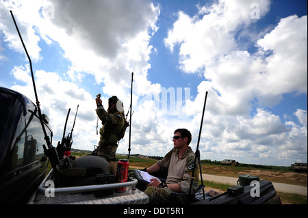 U.S. Air Force combat controllers from the 21st Special Tactics Squadron, Fort Bragg, N.C. conduct air traffic control - Stock Photo