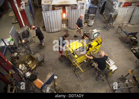 Workers at the Dartington Crystal Factory, Great Torridge, Devon - Stock Photo