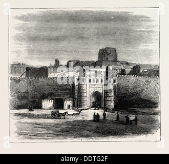 THE RUSSIAN EXPEDITION TO KHIVA, VIEWS IN THE CITY: THE KHAN'S PALACE, UZBEKISTAN, 1873 engraving - Stock Photo