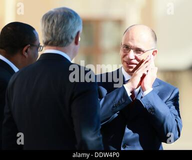 St. Petersburg, Russia. 6th Sep, 2013. Prime Minister of the Italian Republic Enrico Letta, right, at the official - Stock Photo