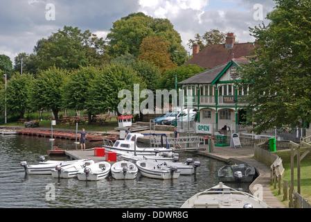 Motor boats mored at old boat house, Stratford Upon Avon, Warwickshire, England, UK - Stock Photo