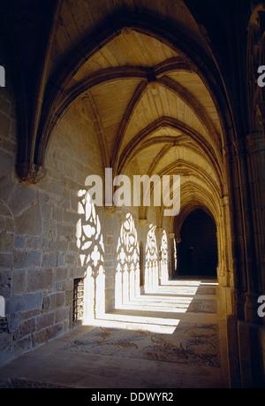 Gothic cloister. Monastery of La Oliva, Carcastillo, Navarra, Spain. - Stock Photo