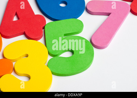 The number 5 in a group of ascending numbers - Stock Photo