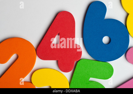 The number 4 in a group of ascending numbers - Stock Photo