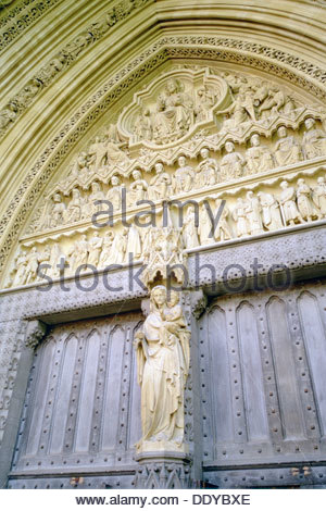 North entrance to Westminster Abbey, London.  Artist: Adam Swaine - Stock Photo