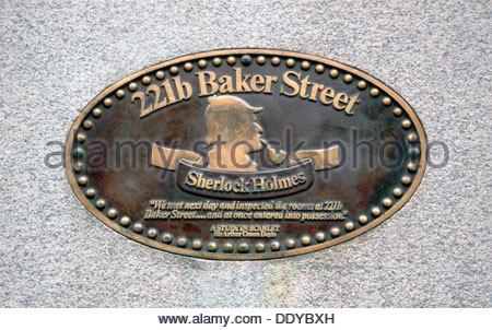 Sherlock Holmes plaque on the outside of 221b Baker Street, London.  Artist: Dr Stephen Coyne - Stock Photo